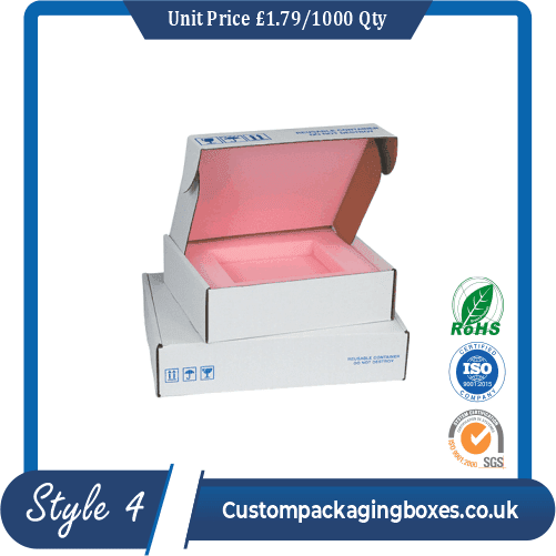 Elongated box for perfumes
