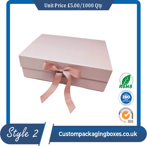 boxes with ribbon closure